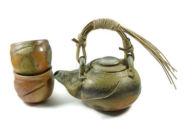 Ceramic asian tea set teapot cups